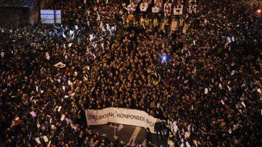 Espagne: des milliers de manifestants défient Madrid au Pays Basque