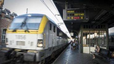 Ixelles adopte une motion pour le maintien et le renforcement de la ligne 26 de la SNCB.