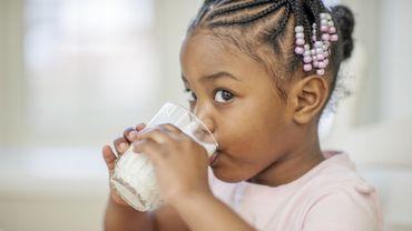 Les produits laitiers ne contribuent pas à l'obésité infantile