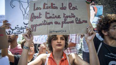 Une manifestante