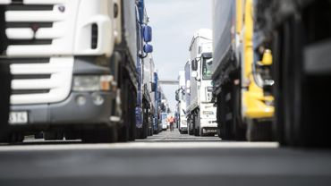 La E411 est fermée à Arlon vers Luxembourg en raison d'un accident entre camions