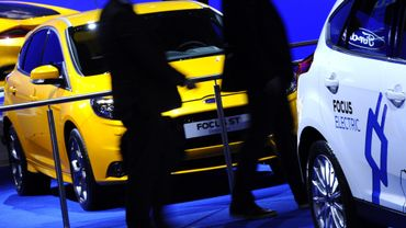 Automobile: la crise frappe aussi les concessionnaires