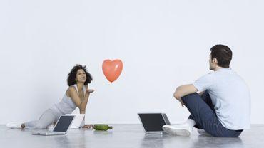 Rencontres en ligne : osez les sites de rencontres spécialisés.
