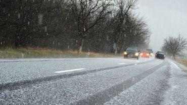 Un peu de neige ce matin sur nos routes