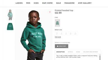 La photo polémique a été retirée du site de H&M, mais elle restait visible en cherchant dans le cache de Google.