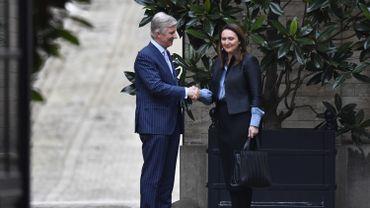 Dernière consultation royale du jour, Gwendolyn Rutten (Open Vld) est arrivée au Palais