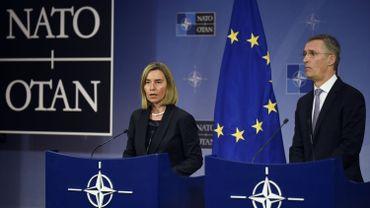 Federica Mogherini, la cheffe de la diplomatie européenne et le général Jens Stoltenberg, secrétaire général de l'OTAN