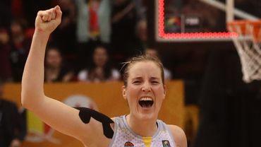 Kim Mestdagh va continuer à jouer pour les Flammes Carolo Basket Ardennes