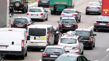 Accident sur l'E42 à Chapelle-Lez-Herlaimont : 2 bandes fermées dans les deux sens