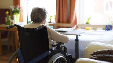 Les CPAS wallons craignent qu'une marchandisation accrue des maisons de repos se fasse au détriment de la qualité des soins et services et de l'emploi.