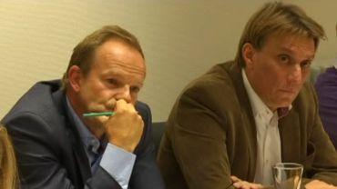 Yves Ghequière (à droite), aux côtés de celui qu'il remplacera, Damien Thiéry.
