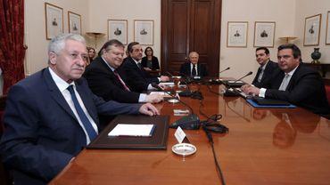 La réunion de la dernière chance est un échec: les Grecs revoteront