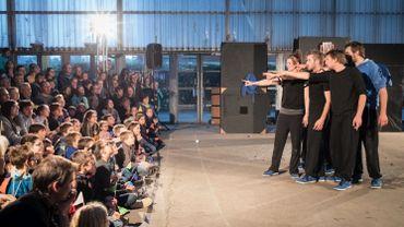 """Le Festival """"En l'air"""",  le seul festival dédié au cirque contemporain en Brabant wallon..."""