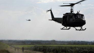 Un hélicoptère de type UH-1H (Huey) similaire à celui qui s'est écrasé en Grèce.