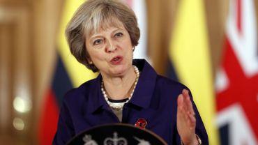 """""""Le résultat a été clair. Il est légitime. Les parlementaires qui regrettent les résultats du référendum doivent accepter ce que le peuple a décidé"""", a déclaré Mme May."""