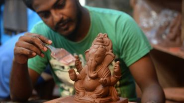 Le Ganesh créé par Dattadri Kothur n'est fait que de produits organiques et ne doit pas être immergé