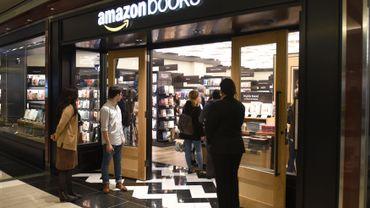 Cette première boutique d'Amazon Books est modeste ; le choix se limite à 3.000 titres