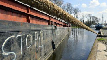 Illustration - Interdiction de pomper l'eau des voies non navigables dans le Limbourg à cause de la sécheresse.