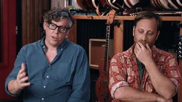 The Black Keys et Typh Barrow dans Plan Cult