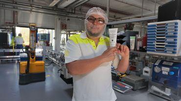 18 tonnes de gel hydro-alcoolique produites à l'usine de L'Oréal à Libramont