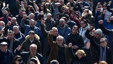 Arménie : des milliers d'opposants de nouveau dans la rue