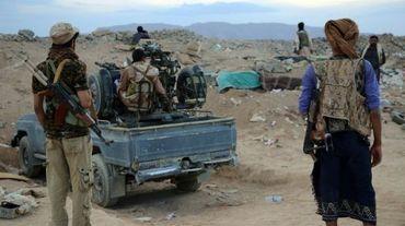 Des soldats des forces yéménites pro-gouvernementales dans la province de Marib au centre du Yémen, le 12 septembre 2015