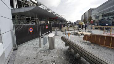 """Attentat à Brussels Airport: le retour à la normale """"prendra des mois"""""""