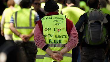 Gilets jaunes: le gouvernement français renforce son fonds de soutien à 34 centres-villes