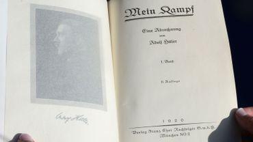"""""""Mein Kampf"""" d'Adolf Hitler réédité en Allemagne, un première depuis 1945"""