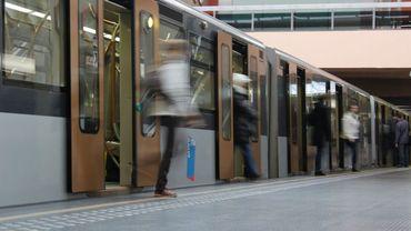 Des portiques automatiques seront-ils installés un jour sur les quais?
