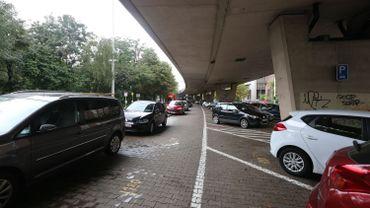 Le plan régional bruxellois de stationnement ne sera pas appliqué de si tôt