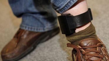 Un bracelet électronique plutôt que la prison: ça se fête ?