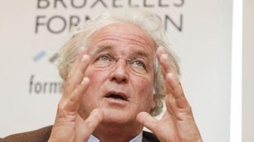 Les Régions n'auront pas voix au chapitre dans le plan social chez Carrefour s'il n'y pas de licenciements secs, a affirmé mardi soir le ministre bruxellois de l'Emploi Didier Gosuin (DéFI).