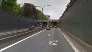 Bruxelles: un affaissement dans le tunnel des Quatre Bras provoque des embarras de circulation