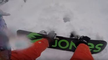 Mac Jacobson enseveli sous la neige