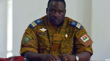 """Burkina: """"Le pouvoir ne nous intéresse pas"""", promet l'armée au pouvoir"""
