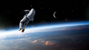 La Russie envisage une sortie dans l'espace en2023 pour deux touristes spatiaux