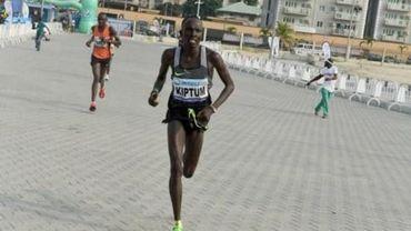 Le Kenyan Kiptum, ancien recordman du monde du semi-marathon, suspendu quatre ans
