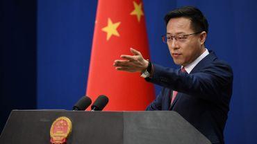 """""""Représailles"""" chinoises après l'interdiction de ventes d'armes américaines à Hong Kong"""
