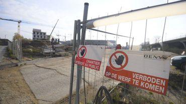 Le chantier avait été en partie suspendu mercredi après un accident, le constructeur avait déjà reçu des avertissements pour manque de moyens sécuritaires. (Illustration: le chantier en 2020.)