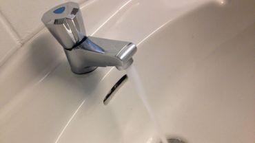Facture d'eau: plus de 140 000 ménages wallons en difficulté