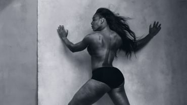 Serena Williams photographiée par Annie Leibovitz pour le Calendrier Pirelli 2016
