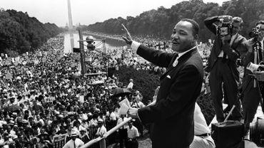 """""""Praying for Sheetrock"""" est un livre de Melissa Fay Greene, avec en toile de fond, le mouvement afro-américain des droits civiques, porté par Martin Luther King."""