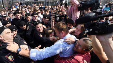 Le leader de l'opposition russe Navalny à nouveau libre