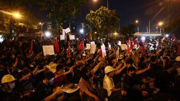 Thaïlande: nouvelles manifestations à Bangkok contre la loi de lèse-majesté
