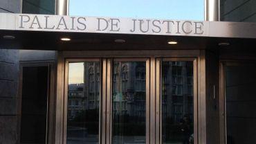 Le meurtrier présumé de l'étudiante à Liège reste en prison