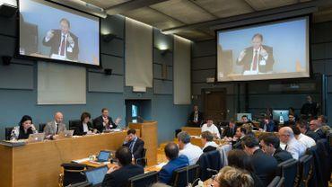 André Gilles se défend (sans convaincre) devant la commission Publifin: suivez le direct