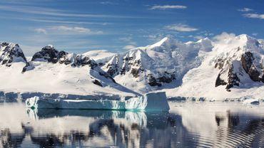 267 gigatonnes de glace fondent dans le monde tous les ans.