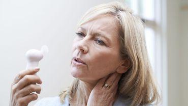 La persistance des bouffées de chaleur pourrait être liée à un risque accru de cancer du sein