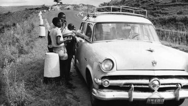 Scène de la vie quotidienne au Rwanda à l'époque coloniale